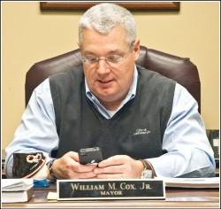 Mayor Cox iPhone